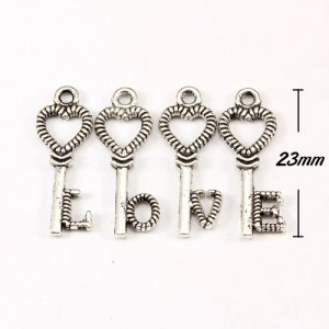 Charm, antiqued silver-finished inchpewterinch (zinc-based alloy), 8x23mm love key. 40pcs