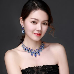 Blue Crystal Rhinestone Crystal Statement Necklace - Luxury Elegant Fashion European Baroque Flower Necklace For Party