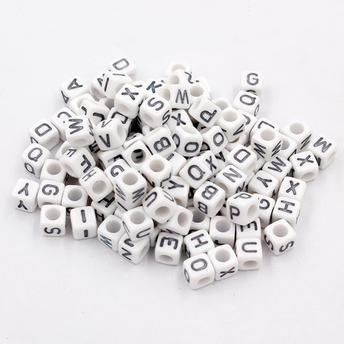 100 Pcs Acrylic Mixed Alphabet Letter Cube Beads hole:3.8mm, 7mm, white and black letter