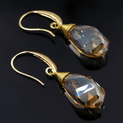 Crystal helix Teardrop earring, gold, sold 1 pair