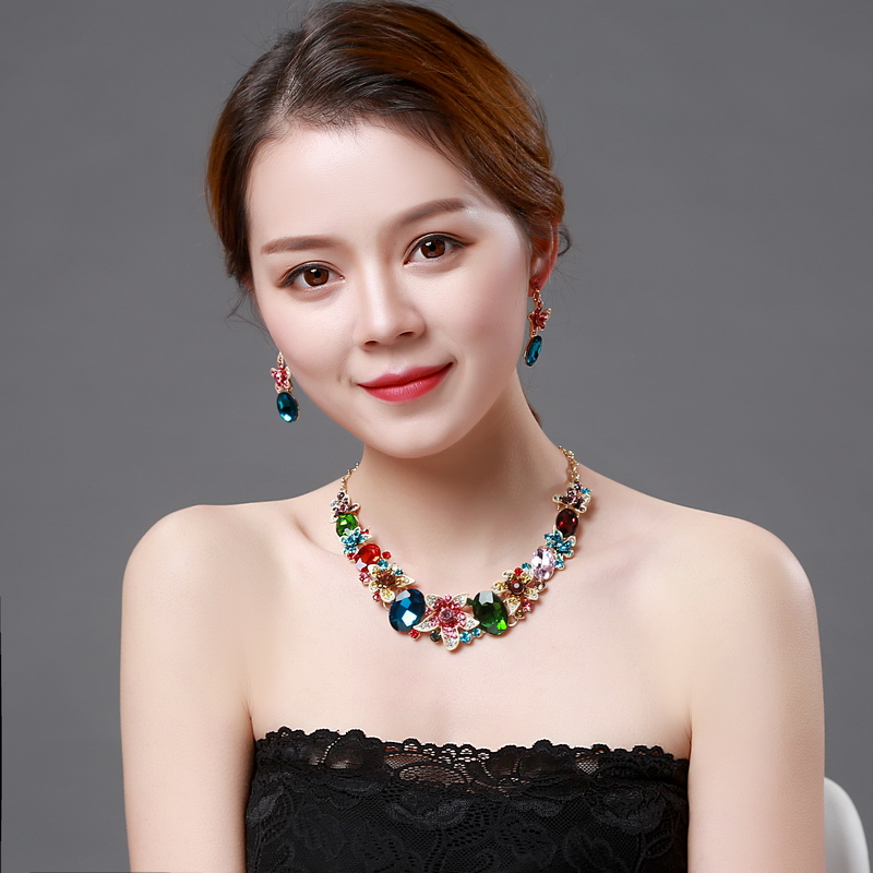 Colorful Crystal Rhinestone Crystal Statement Necklace - Luxury Elegant Fashion European Baroque Necklace For Party