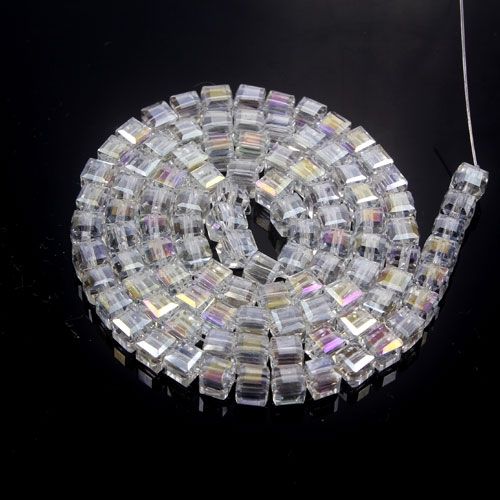 98Pcs 4mm Cube Crystal beads, Clear AB
